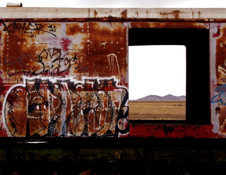 09_stinkfish_uyuni_bolivia_train_cementery